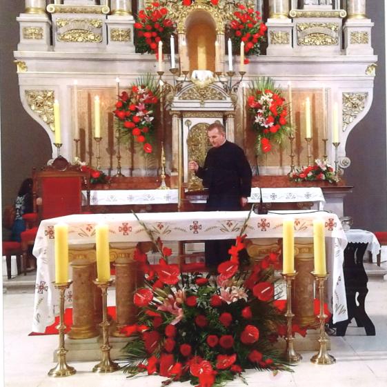 Brat Franjo u bazilici Srca Isusova u Zagrebu